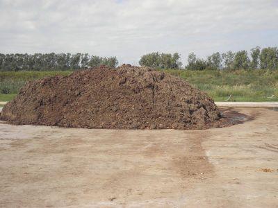 Παραγωγή ΕΜ κομπόστ (Βokashi) για ενεργοποίηση εδάφους.